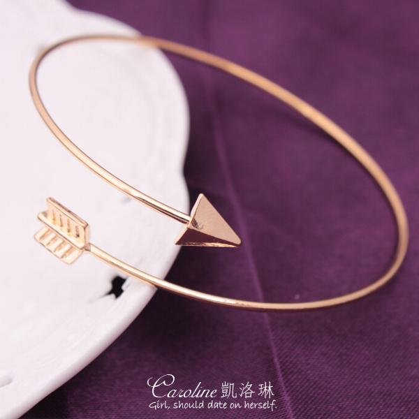 《Caroline》★【活力】典雅設計優雅時尚品味流行時尚手鍊68709