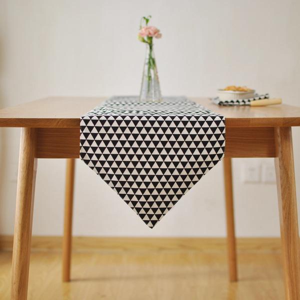 時尚可愛空間餐桌布 茶几布 隔熱墊 鍋墊 杯墊 餐桌巾桌旗107 (30*140cm)