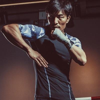健身緊身衣-彈力緊身迷彩拼接男短袖運動服2色73np19時尚巴黎