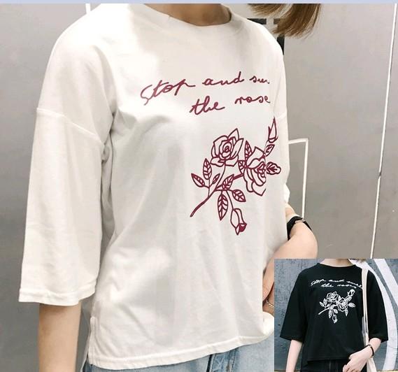 EASON SHOP GU1235實拍-花朵英文草寫圓領短袖T恤白棉T女上衣黑色白色韓國復古玫瑰印刷純色寬鬆