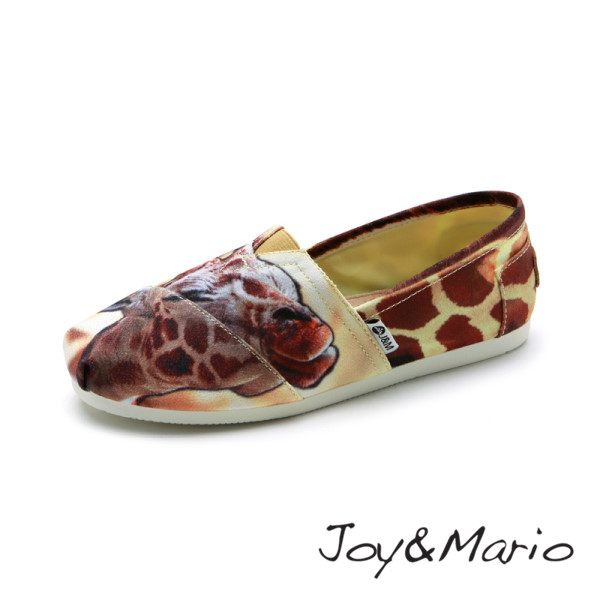 【Joy&Mario】大頭長頸鹿印花平底休閒鞋 - 61658W DK BROWN