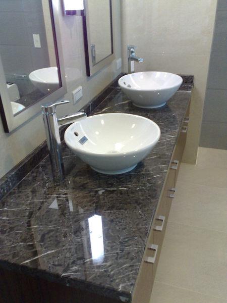 【麗室衛浴】專業衛浴規劃享受舒適衛浴空間/大理石檯面訂作/浴櫃訂作目錄