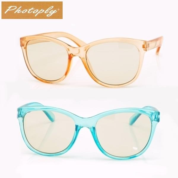 我愛買台灣製造PHOTOPLY兒童款抗藍光眼鏡吸40藍光100紫外線抗UV輻射適玩手防藍光眼鏡