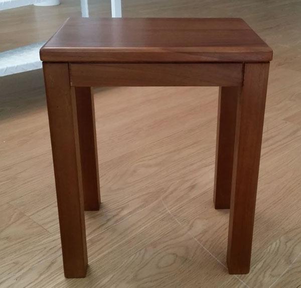 方形化妝椅【SCANDINAVIAN現代北歐】優渥實木家具 WMCH41T1