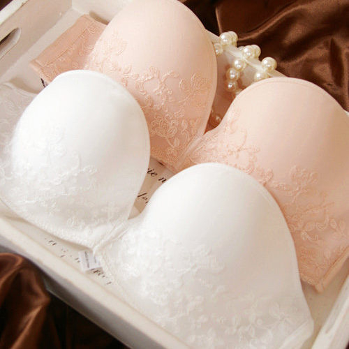 現貨法式新娘純白裸粉低調蕾絲成套內衣70-80 B罩杯