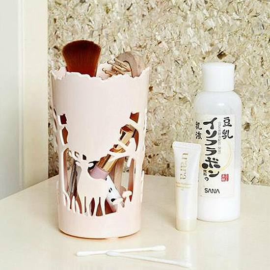 MY COLOR森林動物鏤空收納盒桌面籃文具筆筒辦公室洗漱通風化妝品裝飾擺件G64