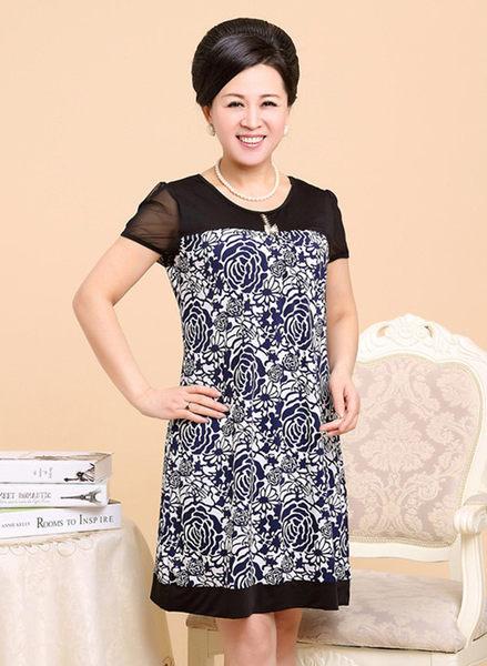 3C膜露露中老年連衣裙夏裝新款中年女裝短袖長裙子大碼媽媽裝青花圖騰
