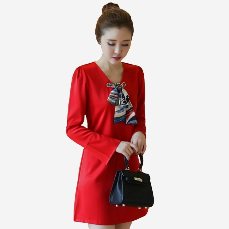 喜宴高雅V領綢緞絲巾A字喇叭長袖連身裙 (紅 黑)二色售 11852045
