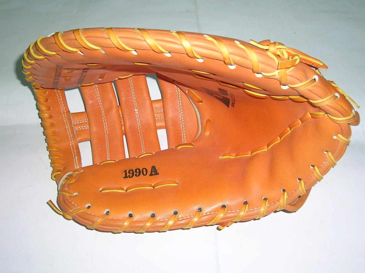 【線上體育】DL手套 A #1990 一壘手套