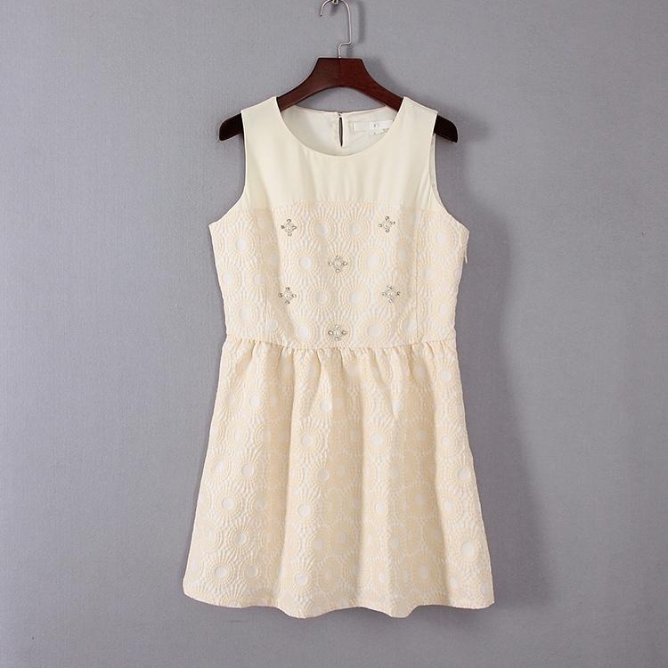 超豐國際面春夏裝女裝米白色禮服式收腰連衣裙31556 1入