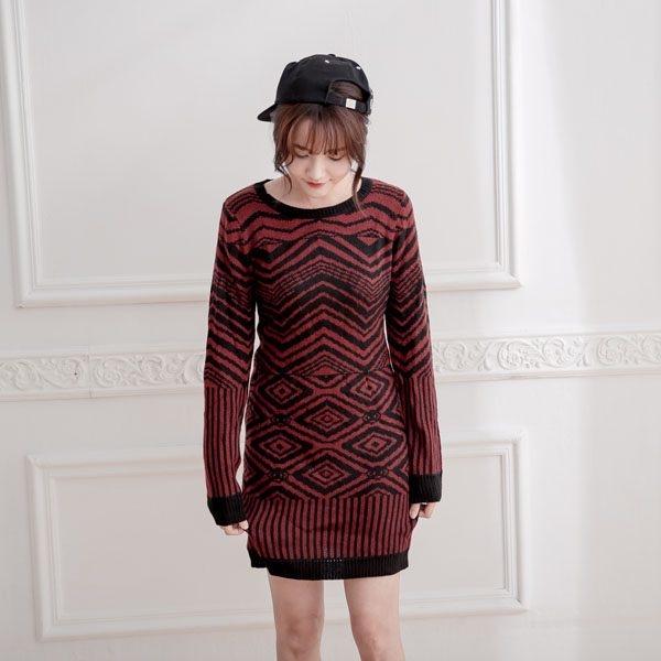 針織長袖紅黑撞色幾何圖形洋裝