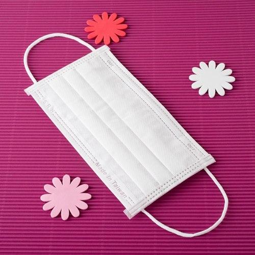 【雨晴牌-抗UV三層不織布口罩】◎成人-白色◎(A級高效能)一盒50片 SGS合格 舒適透氣 無異味