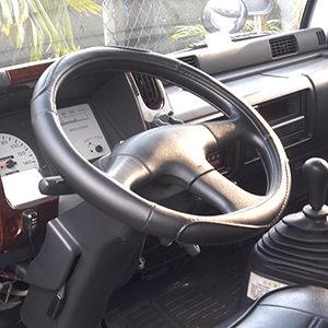CARBUFF車痴大卡車用柔軟舒適皮方向盤套3L半5L MH-9005