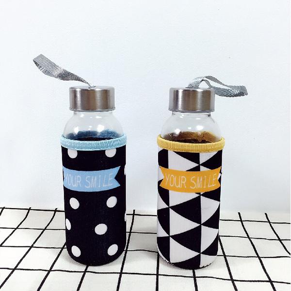 水杯純真的笑玻璃水杯300ML附贈優質杯套便攜提手戶外隨身瓶玻璃瓶KCG152收納女王