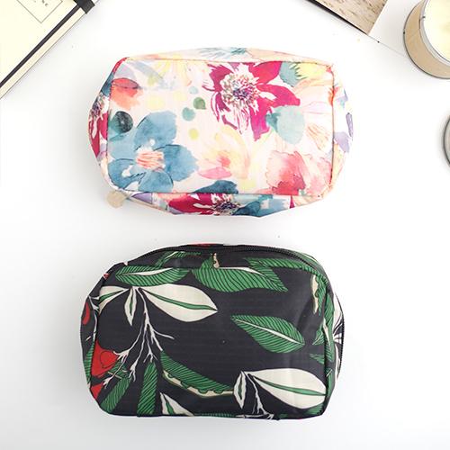 韓國水彩花圖騰化妝包防水化妝包旅行收納袋旅行袋錢包現預Life Beauty