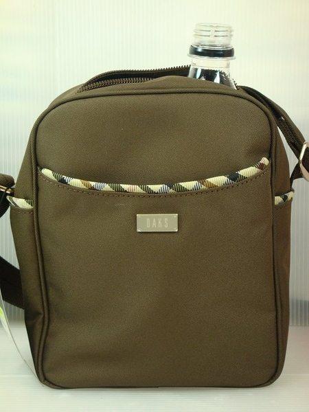 DAKS隨身小背包日本正版(含運價)