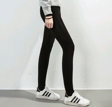 EASON SHOP GU3357踩腳褲貼腿褲黑色內搭褲女褲襪彈力貼身內搭褲秋冬裝韓天鵝絨薄絨款顯瘦純色素色