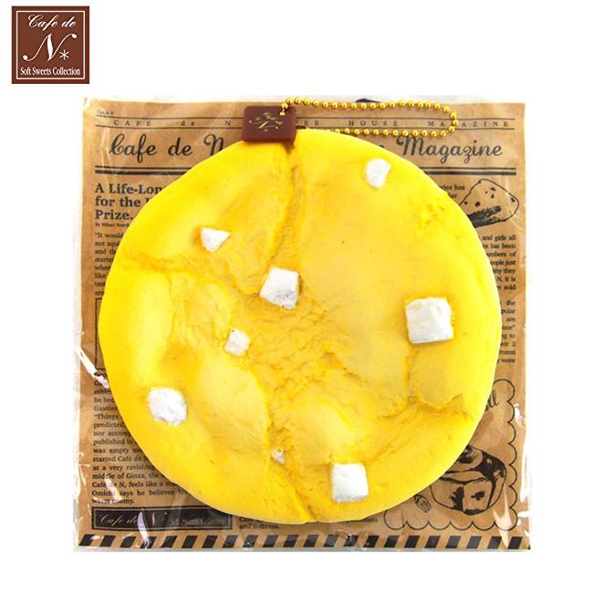 白巧克力款日本進口手工餅乾捏捏吊飾吊飾捏捏樂軟軟CAFE DE N SQUISHY 616296