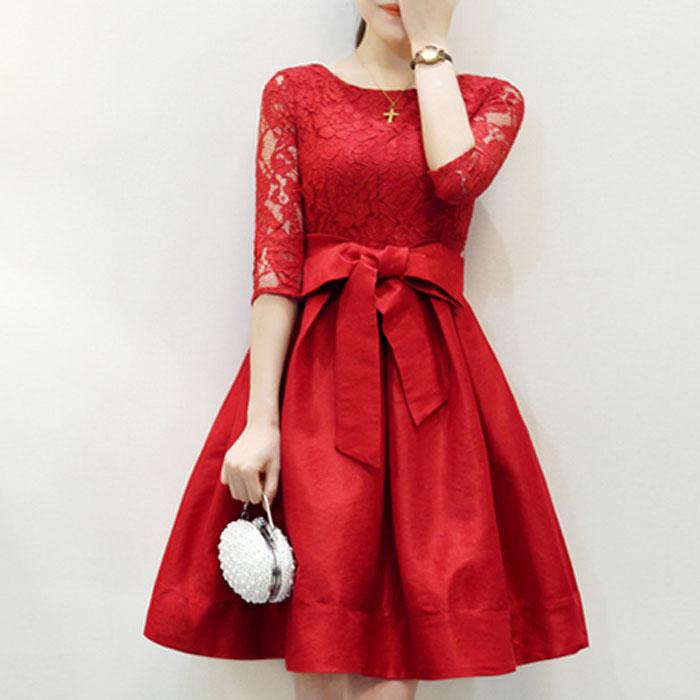 蕾絲鏤空拼接綢緞澎澎裙綁帶雙口袋洋裝  (黑 紅) [MDD160019]
