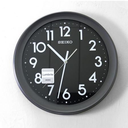 SEIKO精工掛鐘現代時尚沉穩全黑色系夜光數字時鐘居家生活美學柒彩年代NG16原廠公司貨