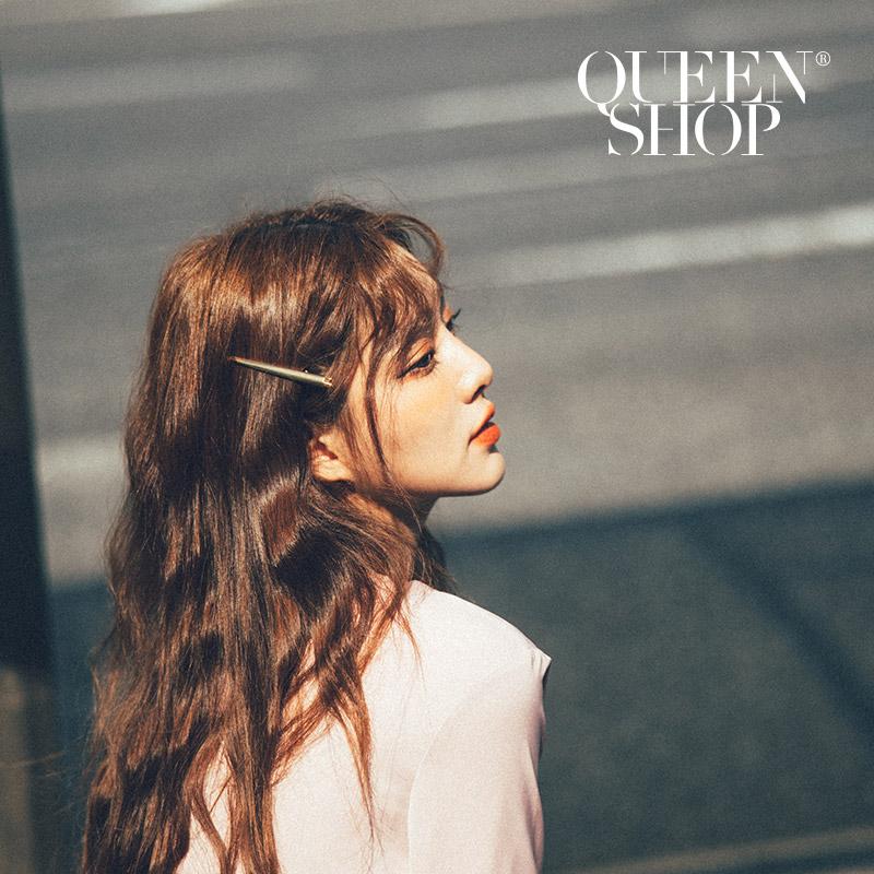 Queen Shop【07090232】極簡金色一字造型髮夾*現+預*