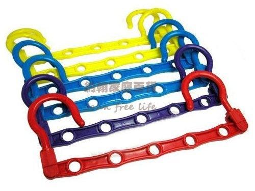 約翰家庭百貨》【BE160】吊環式彩色魔術五孔衣架5孔曬衣架防風晾曬架顏色隨機出貨