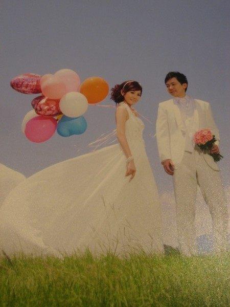 YB-188永和情意花店婚佈設計婚禮服務空飄氣球外送讓您的婚紗照外拍更亮麗活潑