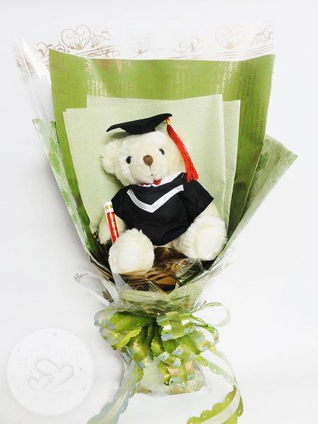 娃娃屋樂園~巨無霸畢業熊學士熊花束熊約30CM每束750元畢業熊學士熊畢業拍照花束