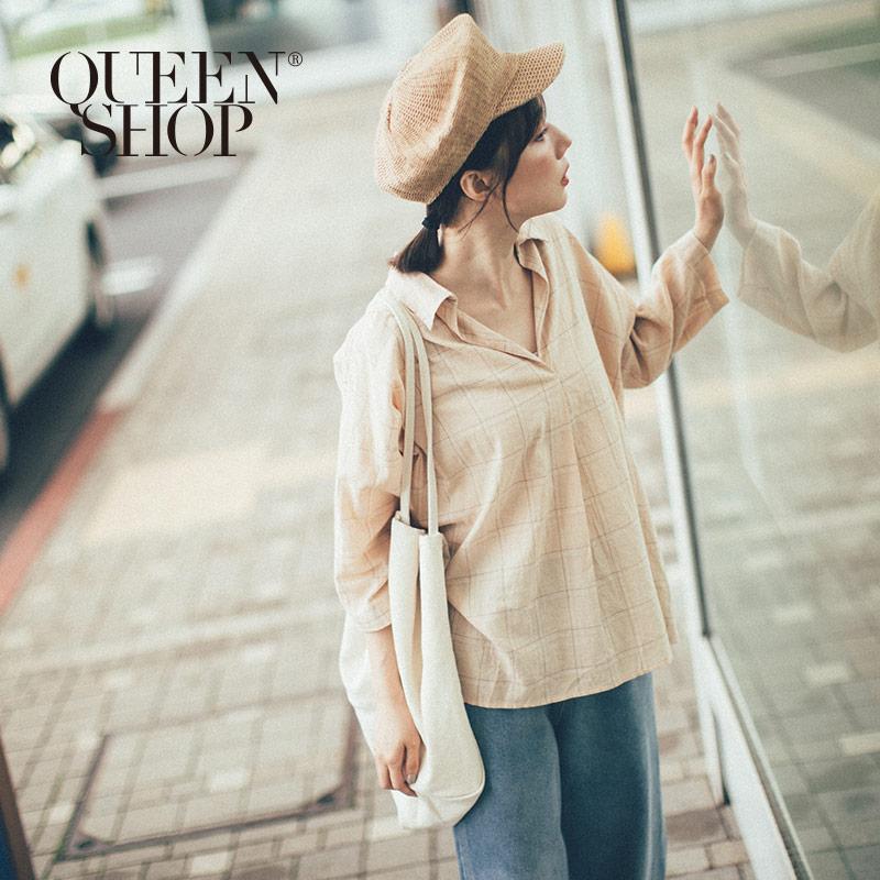 Queen Shop【01096347】大地配色格紋V領造型棉麻上衣 兩色售*現+預*