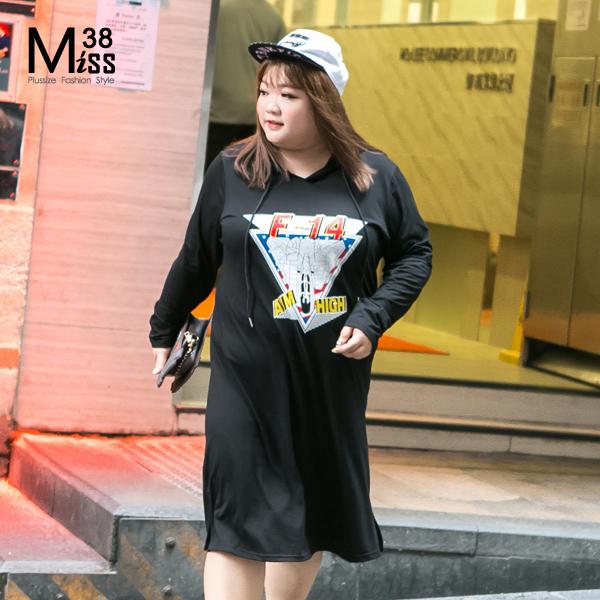 Miss38-現貨卡通黑F-14抽繩連帽中長版長袖薄帽T衛衣連衣裙A07057-中大尺碼