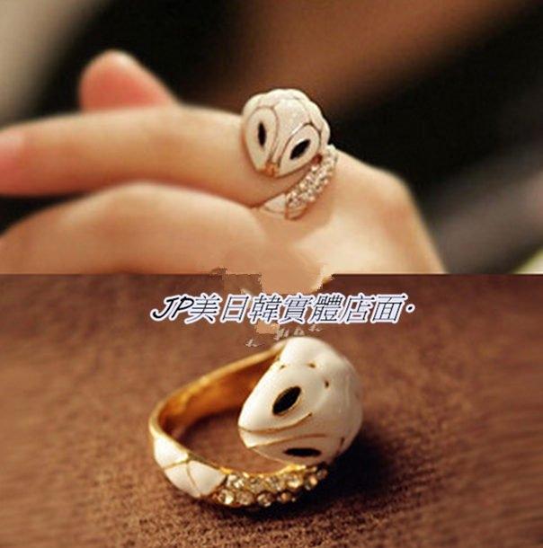 飾品優雅水鑽小白蛇食指戒指指環尾戒水晶復古寶石增加你的桃花