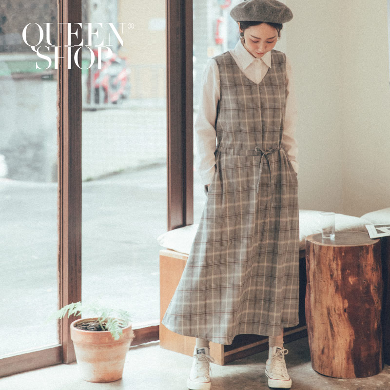 Queen Shop【01084791】配色格紋腰抽繩無袖洋裝 兩色售 *現+預*