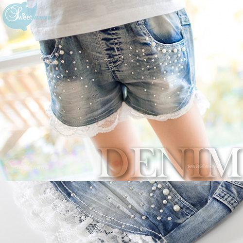 夏日甜心~珍珠亮鑽點綴~蕾絲拼接牛仔小熱褲短褲190404水娃娃時尚童裝