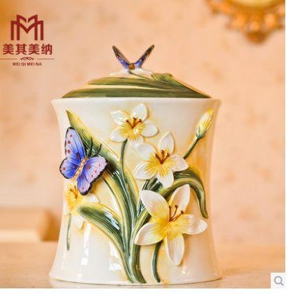 陶瓷密封罐糖果罐蝴蝶花朵浮雕