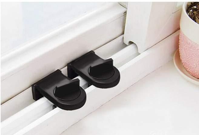 TwinS門窗安全鎖定位防開防盜固定鎖加厚鐵質更牢靠1入裝
