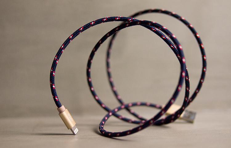 alto Braided Lightning編織花紋Cable海軍藍香檳金Apple MFI認證iPhone iPad充電線傳輸線