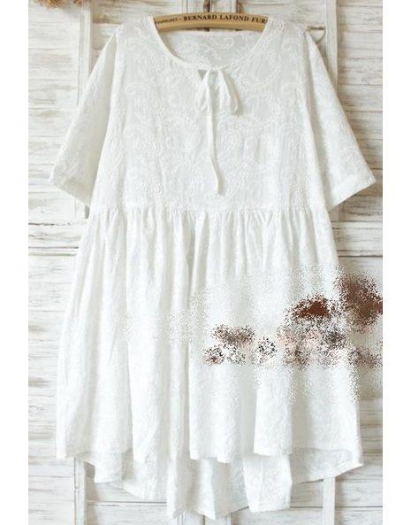 莎LALA L5043016日森系連身裙-現貨純白刺繡圓領短袖長版上衣SIZE約:M~小L