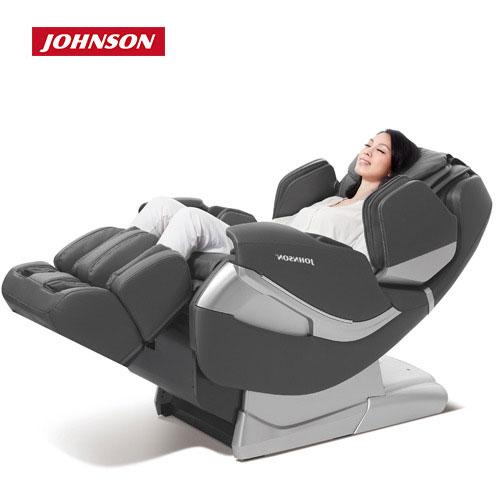 喬山JOHNSON好時光按摩椅A382背部L型超長軌道貼近人體曲線深層紓壓
