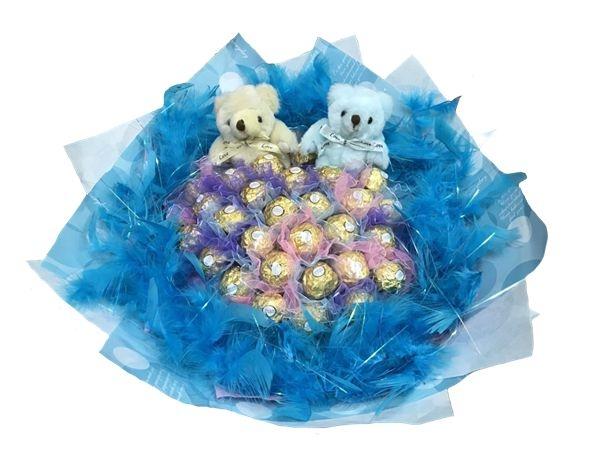 娃娃屋樂園~2隻小熊33朵金莎巧克力羽毛花束每束1200元婚禮小物情人節禮物