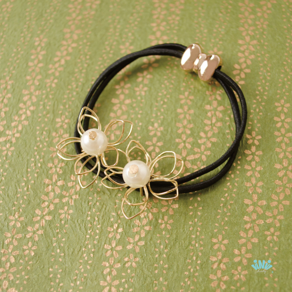 viNvi Lady 雙線金屬鏤空花朵珍珠髮圈 髮束 髮飾
