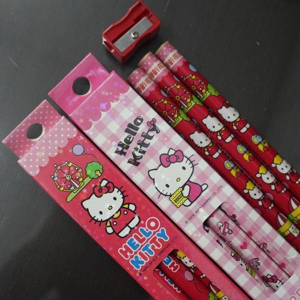 Hello Kitty 凱蒂貓學齡前鉛筆 2B KT大三角鉛筆/一小盒3支入{促60} 兒童專用~正版授權~豪