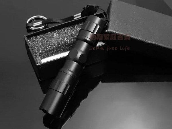 約翰家庭百貨WA140防水LED小手電筒地震停電居家安全顏色隨機出貨