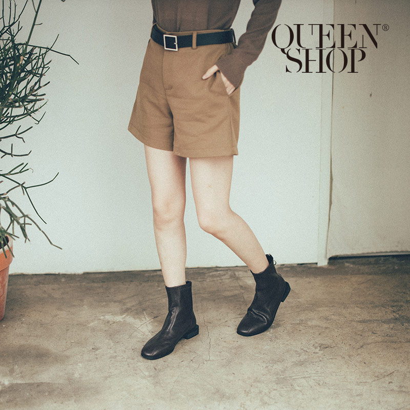 Queen Shop【04130080】厚雪紡素面短褲 附皮帶 兩色售 S/M*現+預*