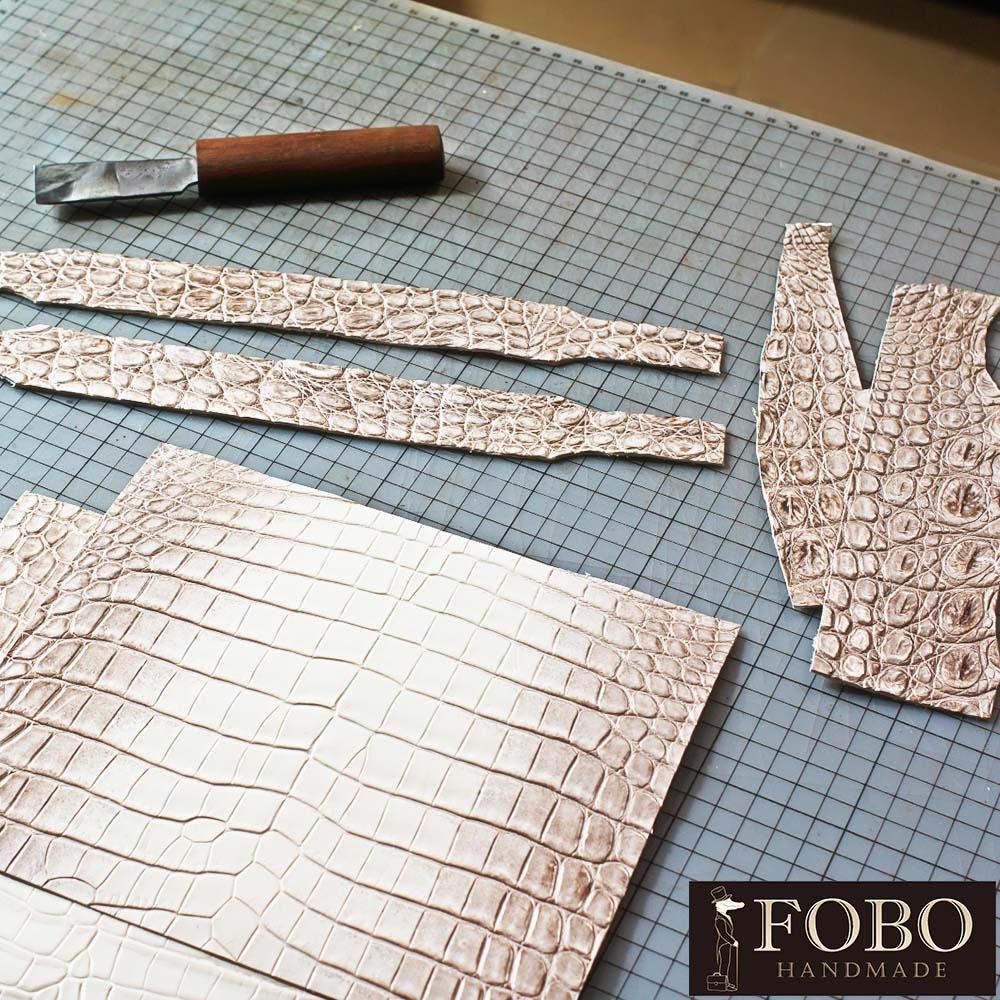 皮包手縫製作過程純手工打造您的愛包不管什麼包型我們都能為您打造