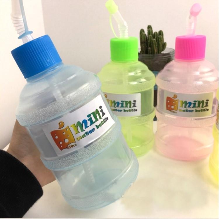 水杯 【KCP014】韓國流行迷你吸管水桶瓶650ml  水瓶 瓶子 吸管 戶外水杯 運動水壼-收納女王