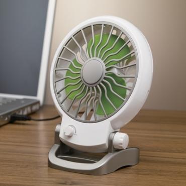 Bordvifte可調式USB小型電風扇綠色