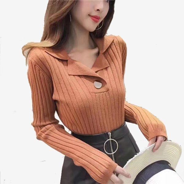 V領圓釦裝飾螺紋長袖針織上衣 (黑 白 焦糖  杏色  磚紅)五色售 11812059