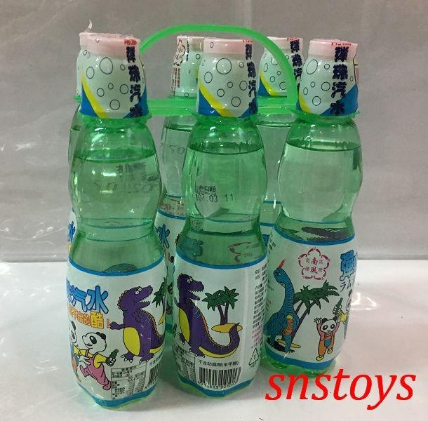 sns古早味懷舊零食彈珠汽水塑膠瓶裝6罐115元市價1罐25元