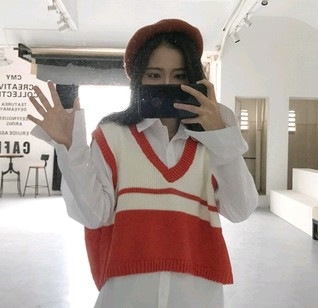 EASON SHOP GU3380短版V領針織衫毛衣背心女上衣白色麻花條紋秋冬裝韓短款毛線馬甲閨蜜裝外搭