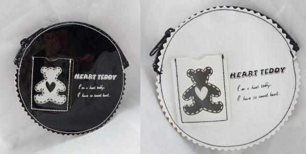 震撼精品百貨日本泰迪熊~零錢包黑白共2款